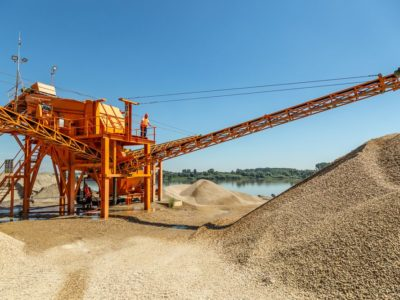 Photo of machine for gravel and sand separation